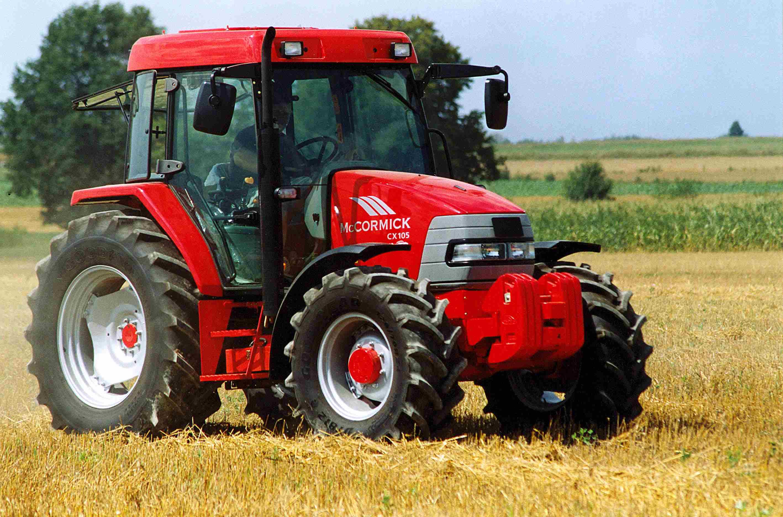 Traktor-McCormik-CX-105-2-foto.-Cezary-Szejgis